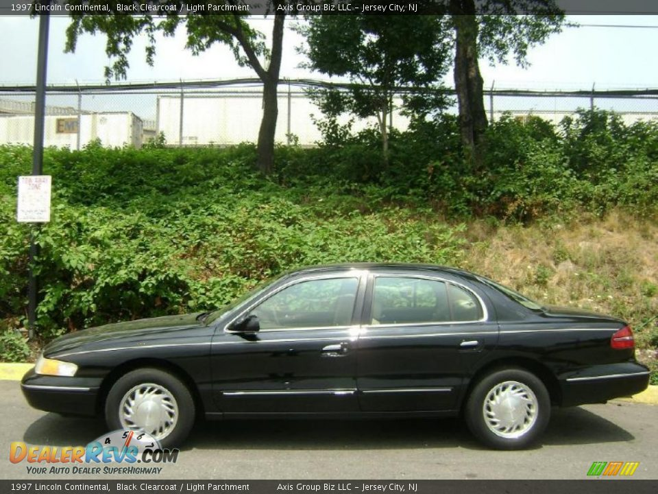 1997 Lincoln Continental Black Clearcoat Light Parchment