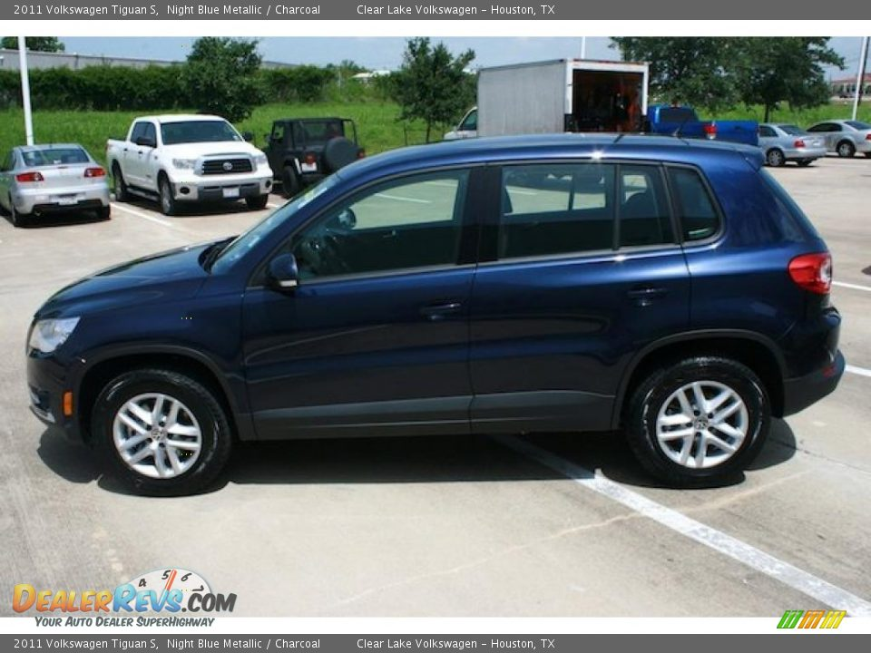 2011 volkswagen tiguan s night blue metallic charcoal. Black Bedroom Furniture Sets. Home Design Ideas