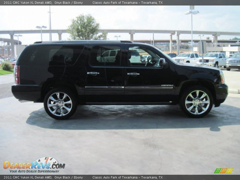2011 Gmc Yukon Xl Denali Awd Onyx Black Ebony Photo 4