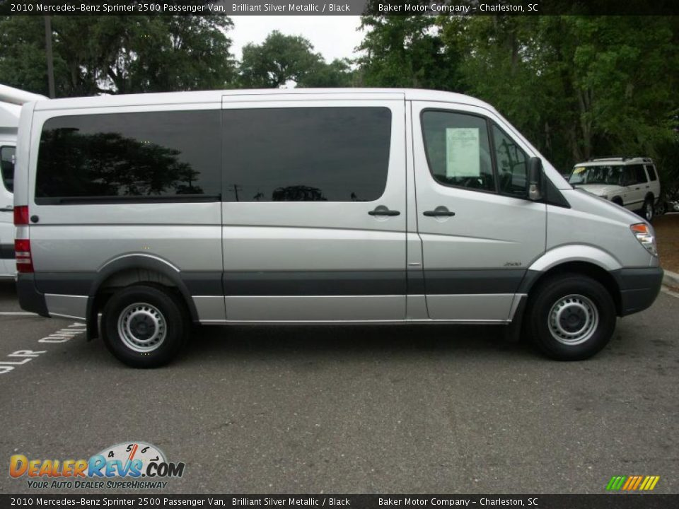 2010 Mercedes Benz Sprinter 2500 Passenger Van Brilliant