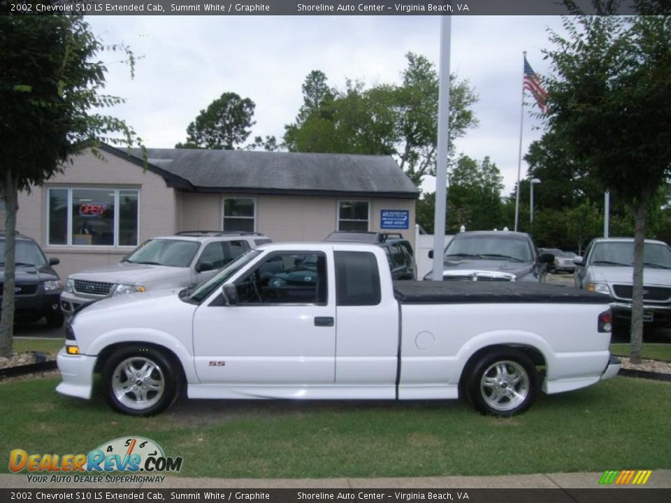33634871 additionally 30037705 together with Door 20Panel 49605469 additionally Interior 20Color 56691107 furthermore Exterior 83170219. on 1997 chevy s10 extended cab