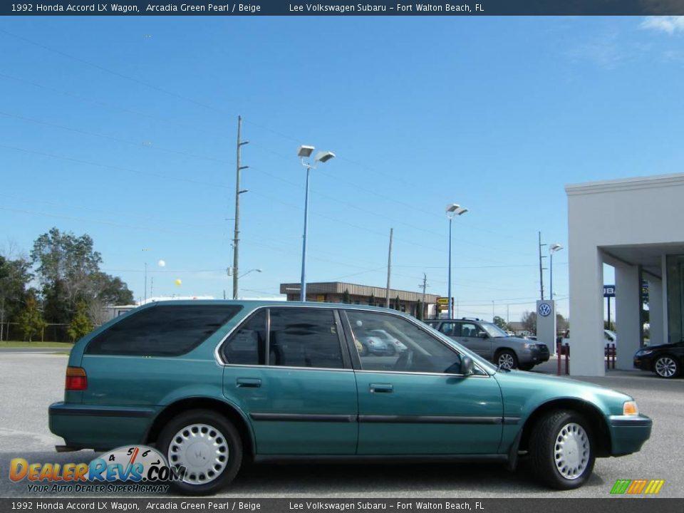 1992 Honda Accord LX Wagon Arcadia Green Pearl / Beige Photo #6 ...