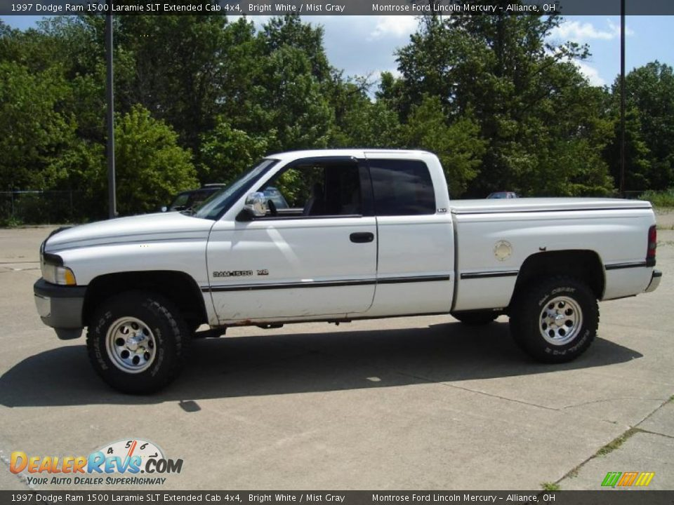 1997 dodge ram 1500 laramie slt extended cab 4x4 bright white mist gray photo 2. Black Bedroom Furniture Sets. Home Design Ideas