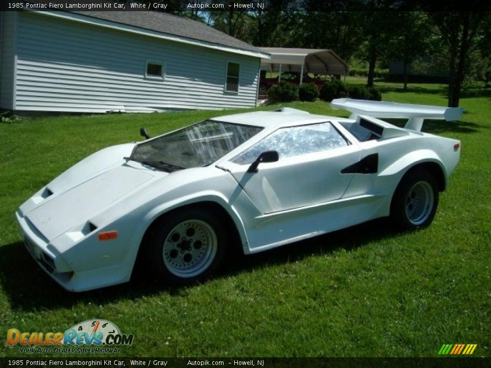1985 Pontiac Fiero Lamborghini Kit Car White Gray Photo