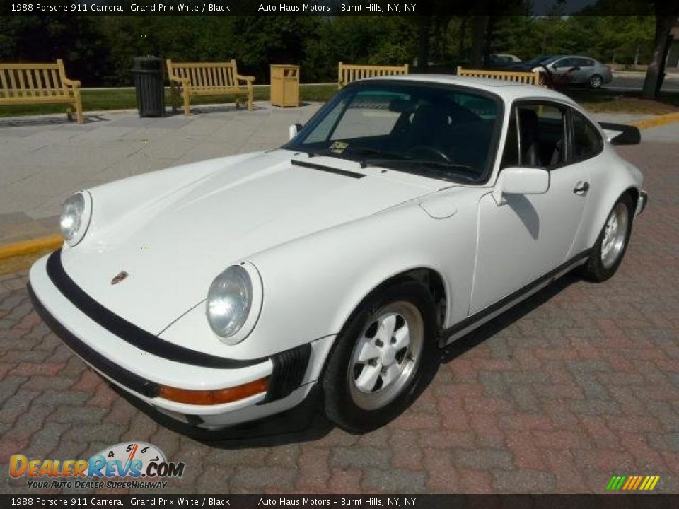 1988 porsche 911 carrera grand prix white black photo 10. Black Bedroom Furniture Sets. Home Design Ideas