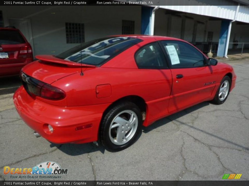 2001 Pontiac Sunfire GT Coupe Bright Red / Graphite Photo #10 ...