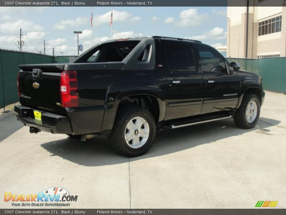 2007 chevrolet avalanche z71 black ebony photo 3 sexy girl and car photos. Black Bedroom Furniture Sets. Home Design Ideas