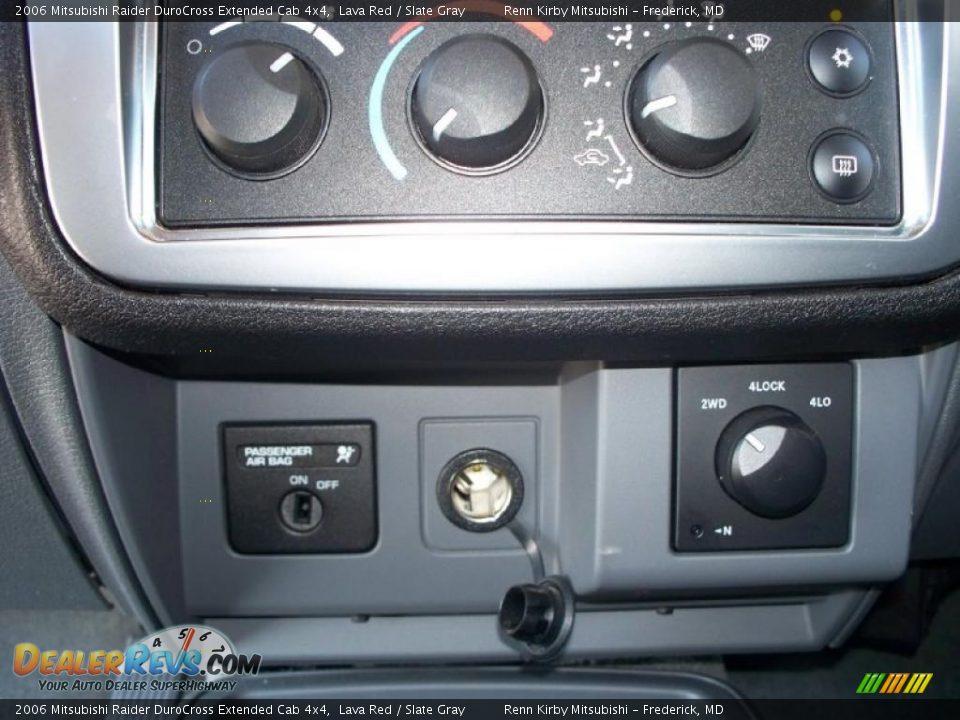 2006 Mitsubishi Raider Durocross Extended Cab 4x4 Lava Red
