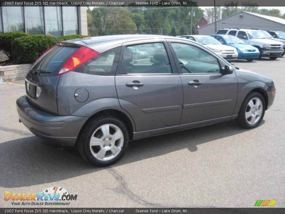 2007 ford focus zx5 ses hatchback liquid grey metallic. Black Bedroom Furniture Sets. Home Design Ideas
