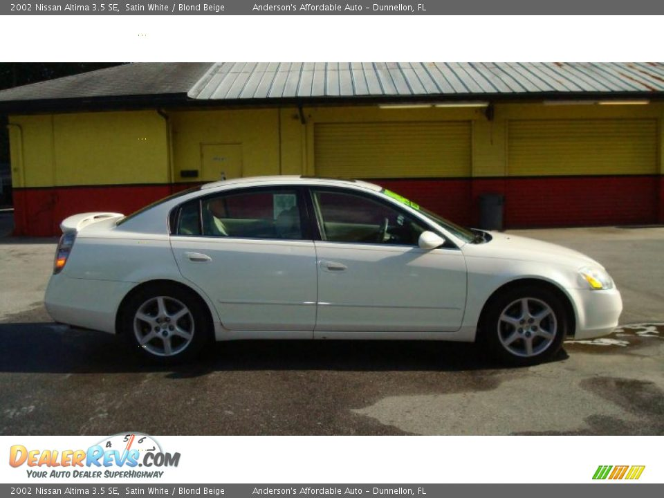 2002 nissan altima 3 5 se satin white blond beige photo. Black Bedroom Furniture Sets. Home Design Ideas