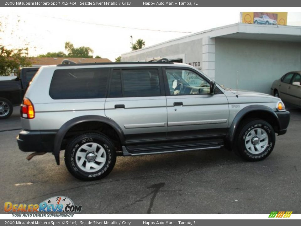 2000 Mitsubishi Montero Sport XLS 4x4 Seattle Silver Metallic / Gray Photo #3 | DealerRevs.com