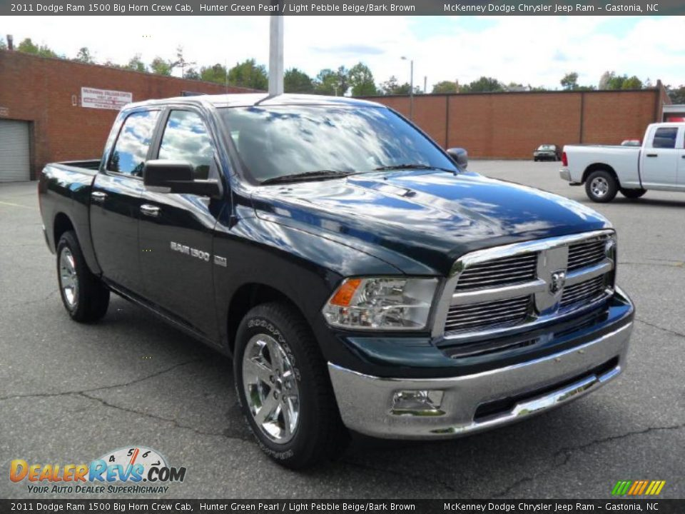 2011 dodge ram 1500 big horn crew cab hunter green pearl light pebble beige bark brown photo. Black Bedroom Furniture Sets. Home Design Ideas