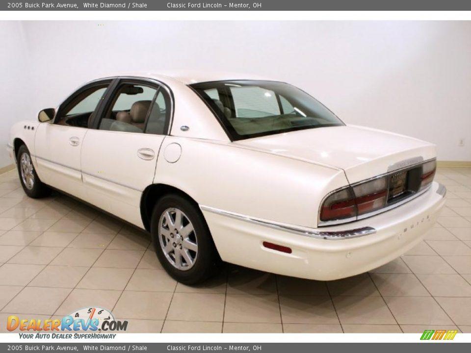2005 Buick Park Avenue White Diamond / Shale Photo #5 | DealerRevs.com