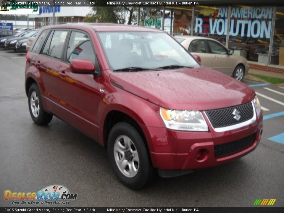 Suzuki Grand Vitara Red And Pearl