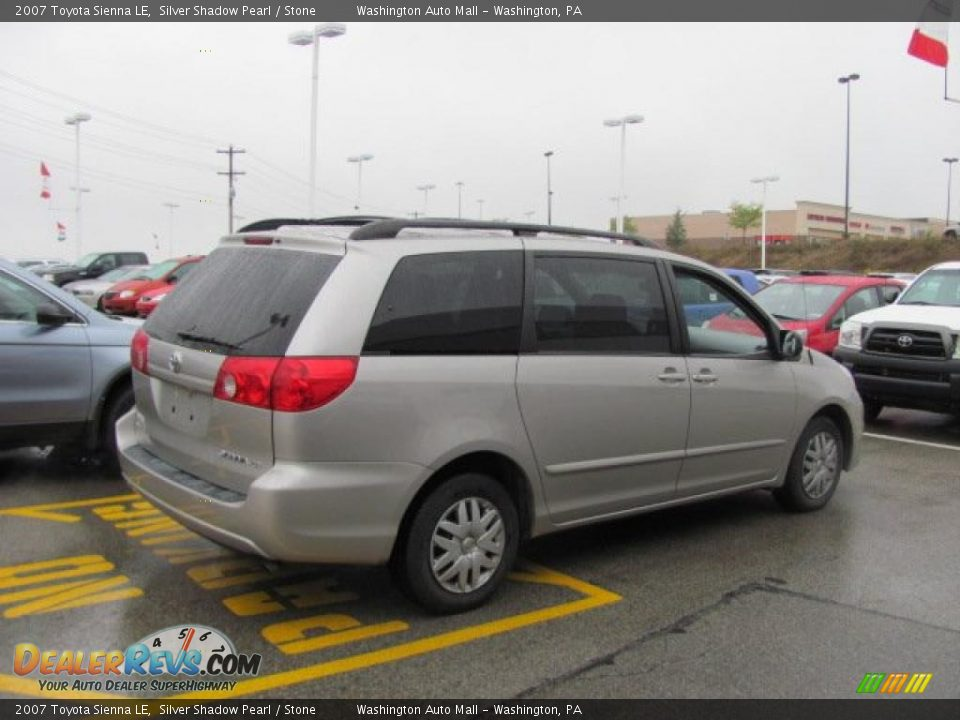 2007 Toyota Sienna Le Silver Shadow Pearl Stone Photo 4