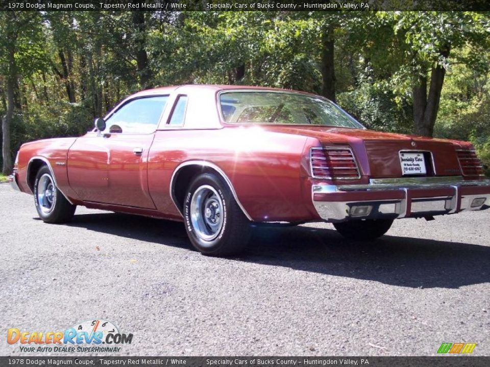 Tapestry Red Metallic 1978 Dodge Magnum Coupe Photo #7 | DealerRevs ...