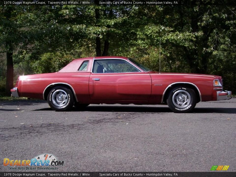 1978 dodge magnum coupe tapestry red metallic white photo 16