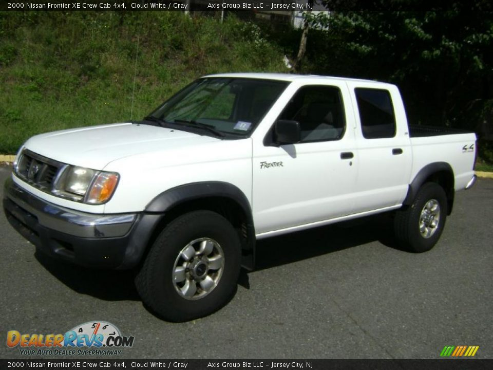 2000 nissan frontier xe crew cab 4x4 cloud white gray photo 1. Black Bedroom Furniture Sets. Home Design Ideas