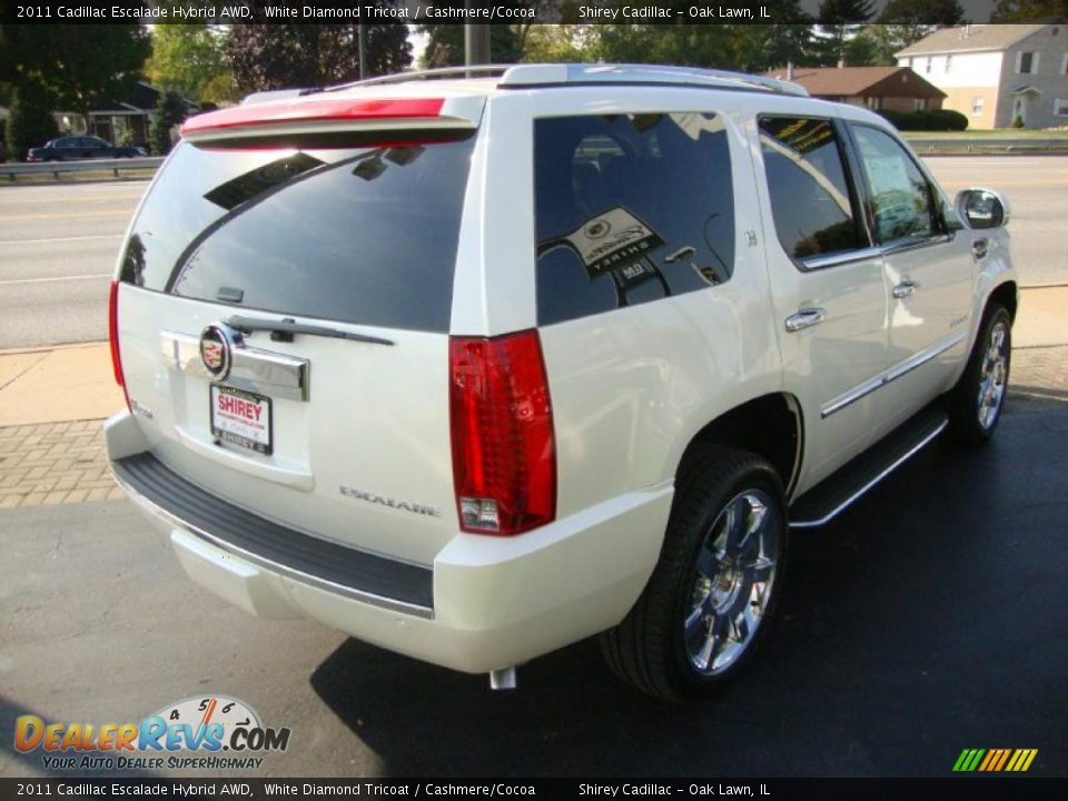 cadillac escalade mobile html with 38059085 on 75289894 further 2018 Cadillac Hearse Price in addition 62918045 furthermore 30756099 besides 38059085.