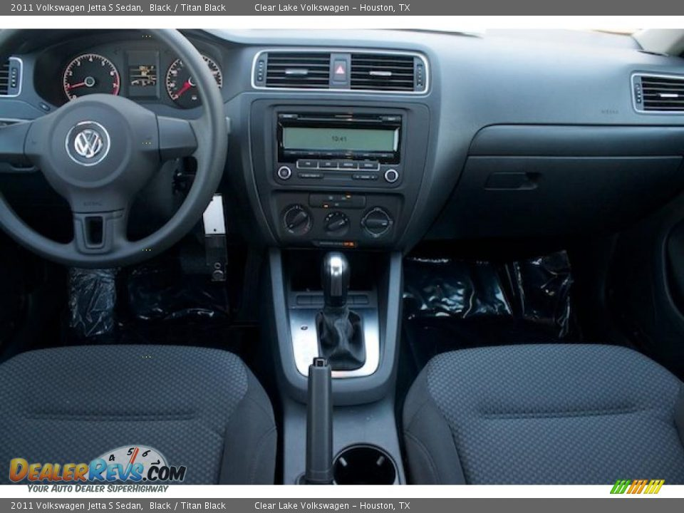 Titan Black Interior 2011 Volkswagen Jetta S Sedan Photo