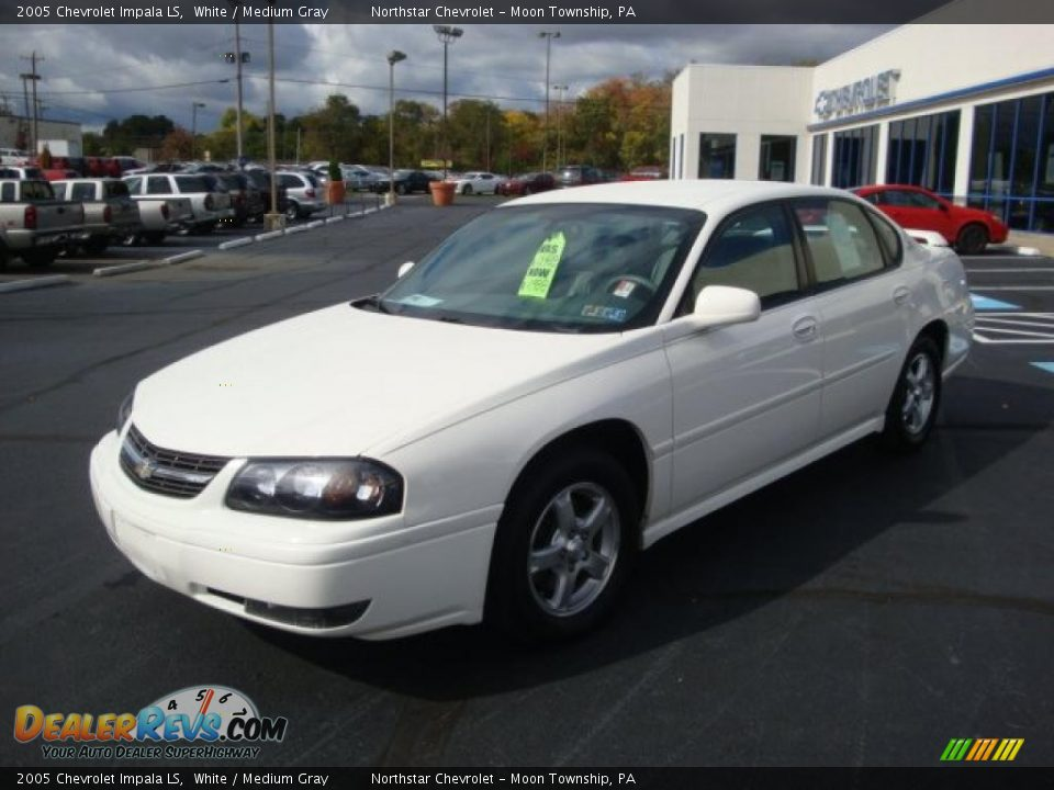 Chevrolet impala sport coupe in addition Wallpaper likewise Exterior 48546908 in addition Chevrolet Impala 2017 besides Wallpaper 05. on 2005 chevy impala