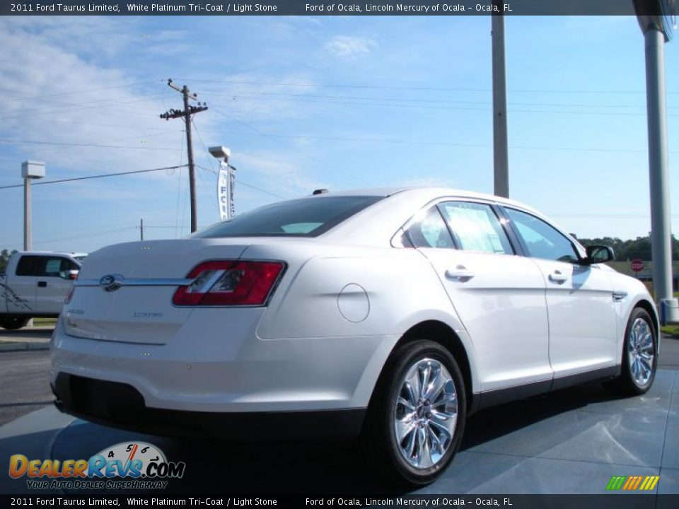 White Platinum Tri Coat 2011 Ford Taurus Limited Photo 3