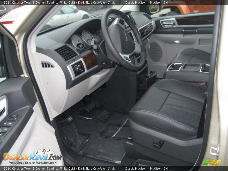 Dark Slate Gray Light Shale Interior 2010 Chrysler Town Country Touring Photo 7 Dealerrevs Com