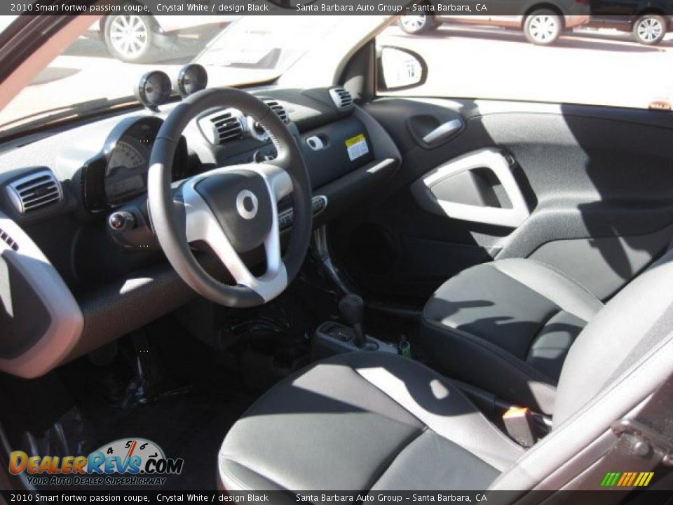 design black interior 2010 smart fortwo passion coupe photo 4. Black Bedroom Furniture Sets. Home Design Ideas