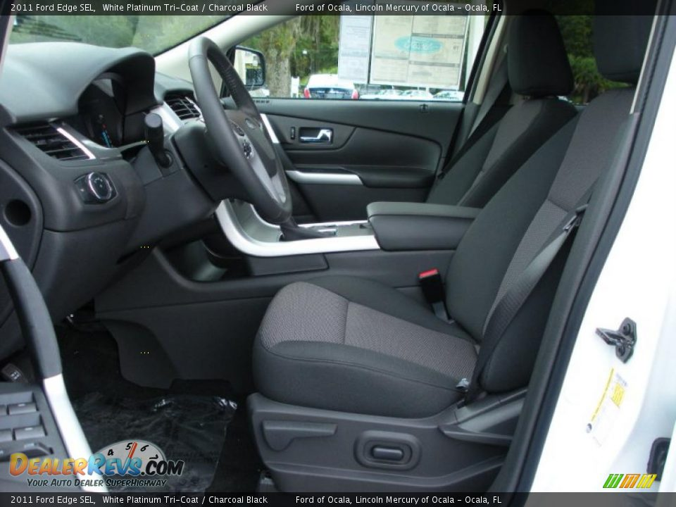 Charcoal Black Interior 2011 Ford Edge Sel Photo 5