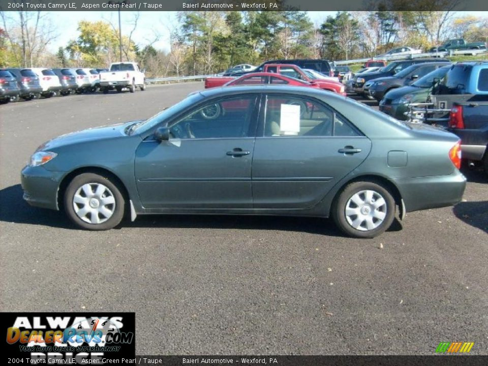 2004 Toyota Camry Le Aspen Green Pearl Taupe Photo 2