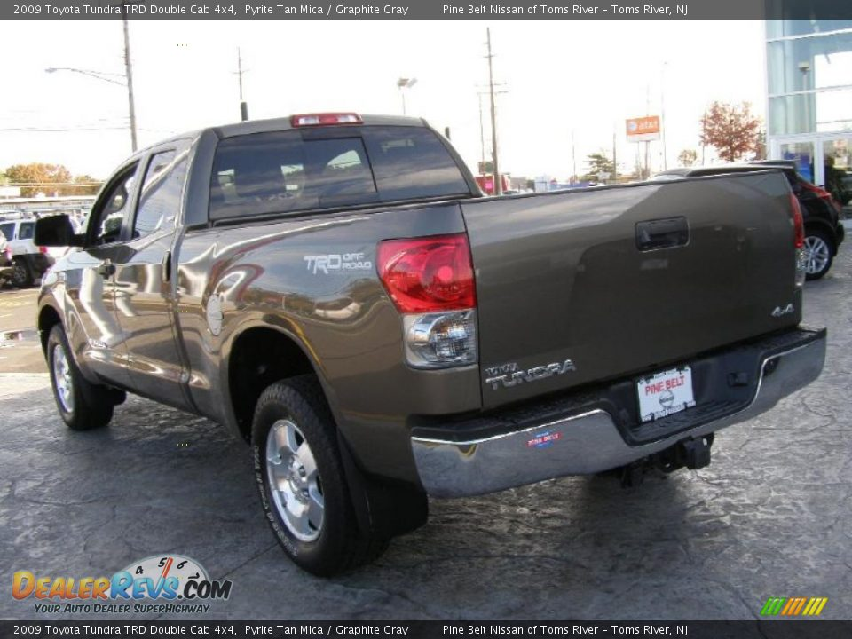 2009 toyota tundra trd double cab 4x4 pyrite tan mica graphite gray photo 5. Black Bedroom Furniture Sets. Home Design Ideas