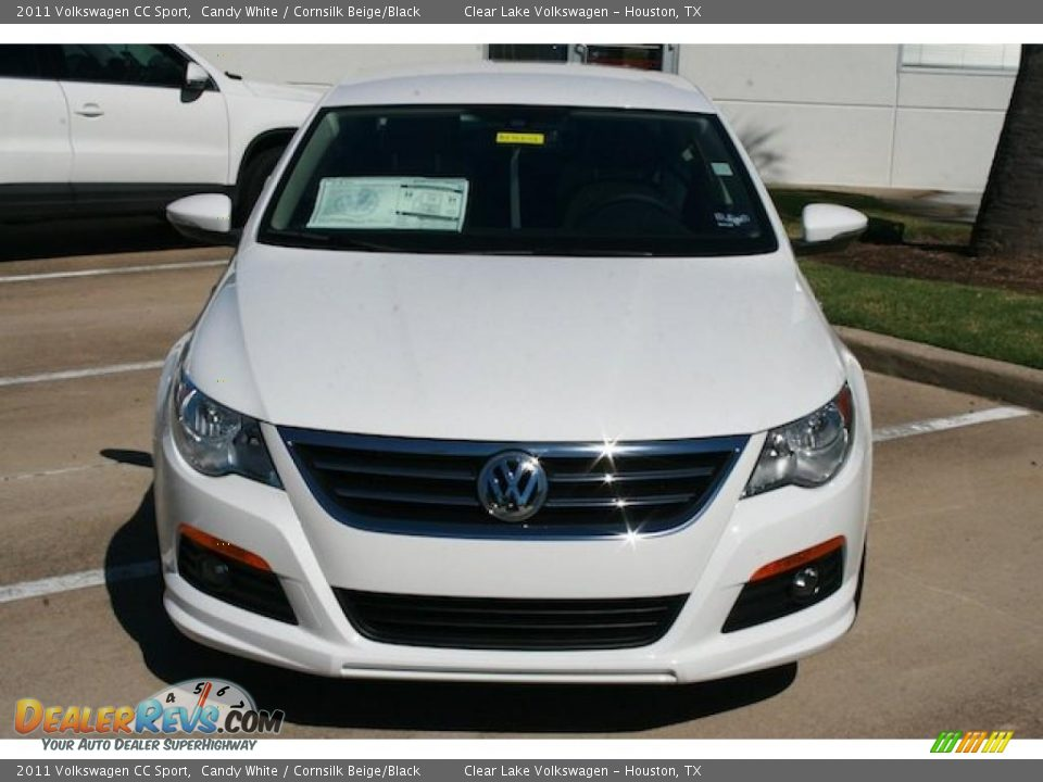 2011 volkswagen cc sport candy white cornsilk beige black photo 9. Black Bedroom Furniture Sets. Home Design Ideas