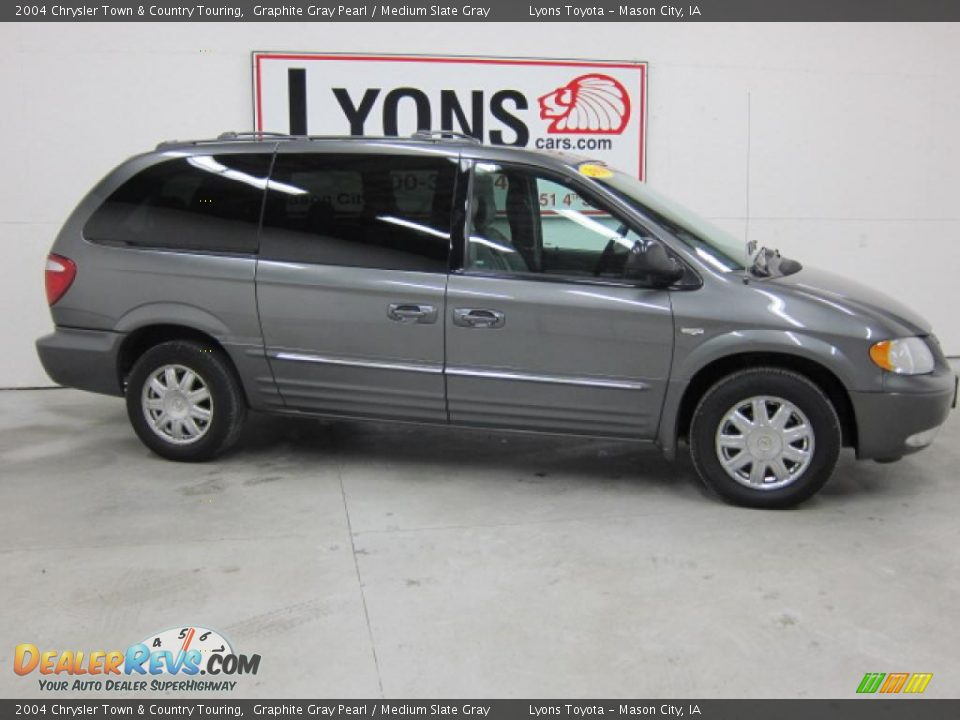 2004 Chrysler Town & Country Touring Graphite Gray Pearl / Medium ...