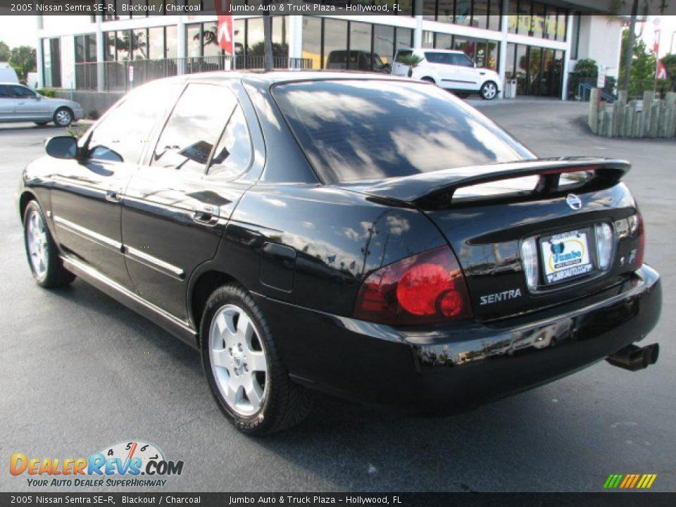2005 Nissan Sentra SE-R Blackout / Charcoal Photo #5 | DealerRevs.com