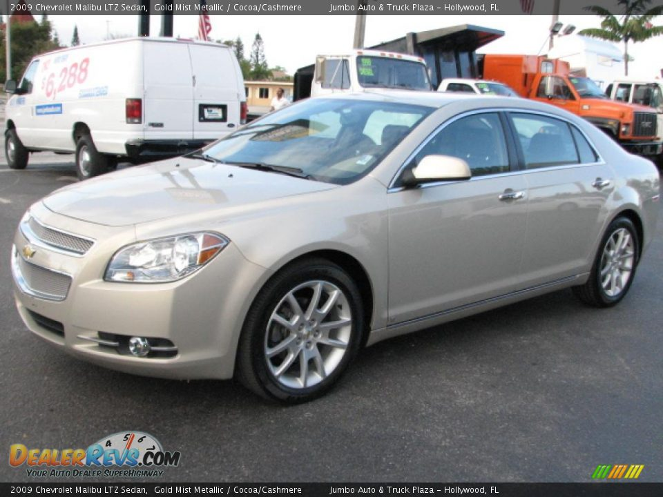 2009 chevrolet malibu ltz sedan gold mist metallic cocoa. Black Bedroom Furniture Sets. Home Design Ideas