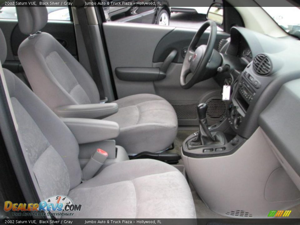 gray interior 2002 saturn vue photo 13. Black Bedroom Furniture Sets. Home Design Ideas