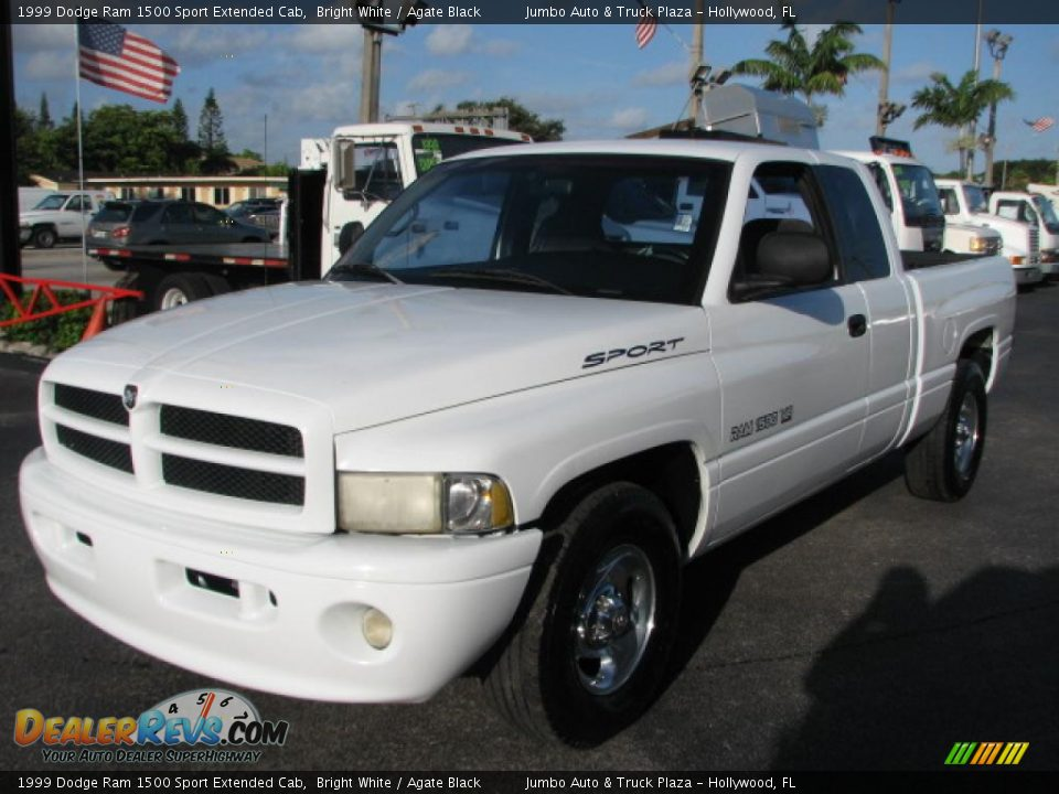 front 3 4 view of 1999 dodge ram 1500 sport extended cab photo 3. Black Bedroom Furniture Sets. Home Design Ideas