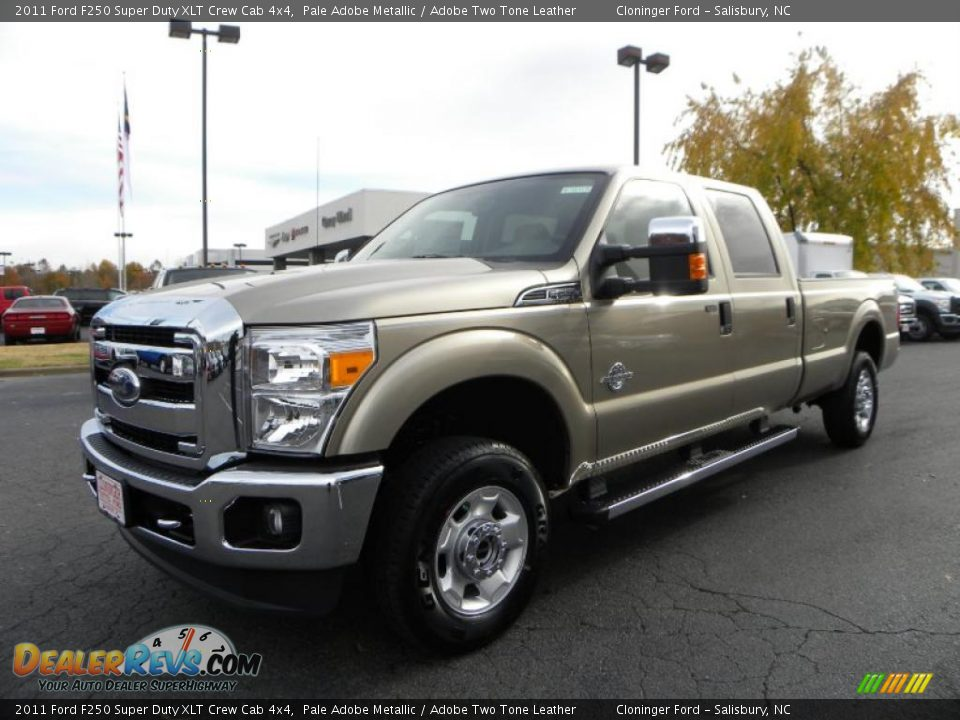 Ford Super Duty Pictures - 2011 Ford F250 Super Duty XLT Crew Cab 4x4 Pale Adobe ...