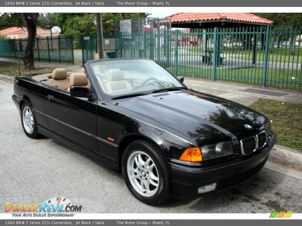 Front 3 4 view of 1999 bmw 3 series 323i convertible photo 11 dealerrevs com