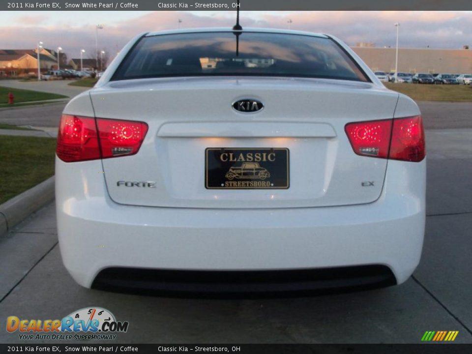 World Car Kia >> 2011 Kia Forte EX Snow White Pearl / Coffee Photo #5 ...