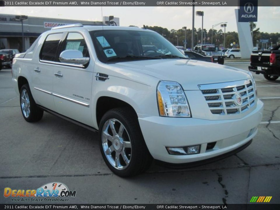 cadillac escalade mobile html with 40439653 on 75289894 further 2018 Cadillac Hearse Price in addition 62918045 furthermore 30756099 besides 38059085.