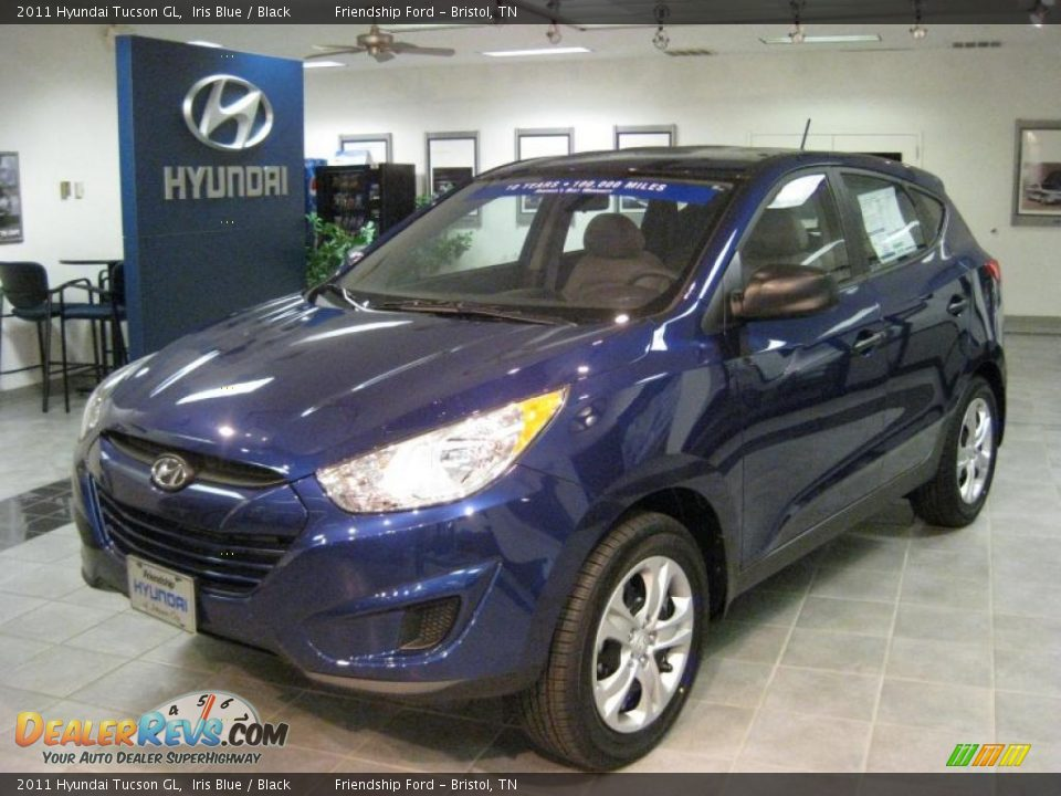 2011 hyundai tucson gl iris blue black photo 2. Black Bedroom Furniture Sets. Home Design Ideas