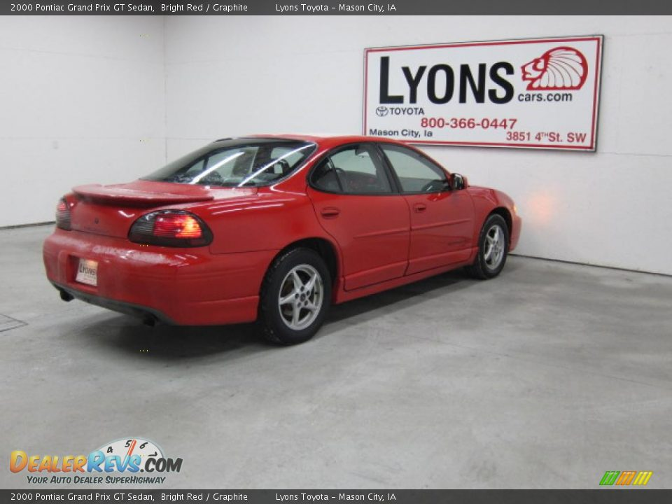 2000 pontiac grand prix gt sedan bright red graphite photo 21. Black Bedroom Furniture Sets. Home Design Ideas