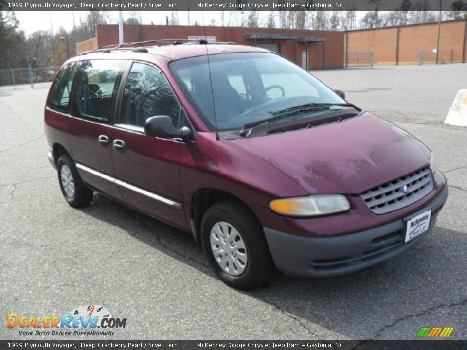 Plymouth Voyager 1999 1999 Plymouth Voyager Deep Cranberry