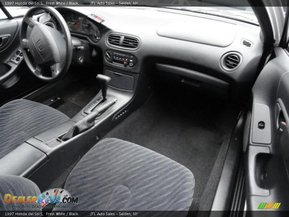 Black Interior 1997 Honda Del Sol S Photo 10