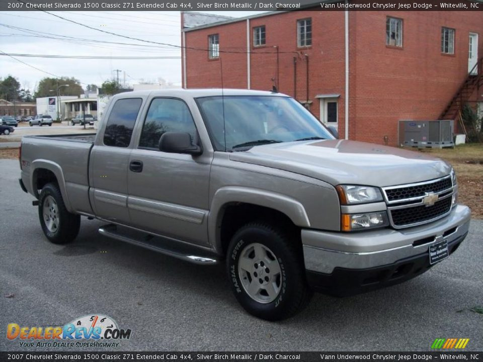2007 chevrolet silverado 1500 classic z71 extended cab 4x4 silver birch metallic dark charcoal. Black Bedroom Furniture Sets. Home Design Ideas