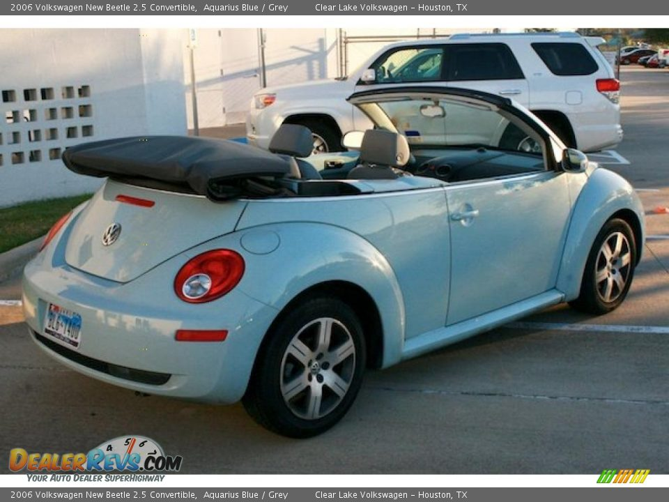 2006 volkswagen new beetle 2 5 convertible aquarius blue grey photo 7. Black Bedroom Furniture Sets. Home Design Ideas