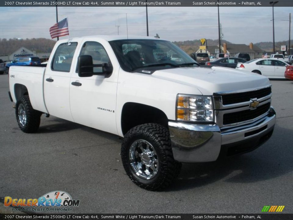 Custom Wheels of 2007 Chevrolet Silverado 2500HD LT Crew Cab 4x4 Photo