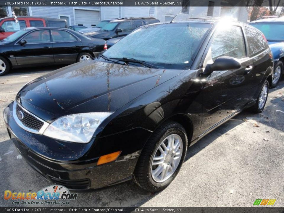 2006 ford focus zx3 se hatchback pitch black charcoal. Black Bedroom Furniture Sets. Home Design Ideas