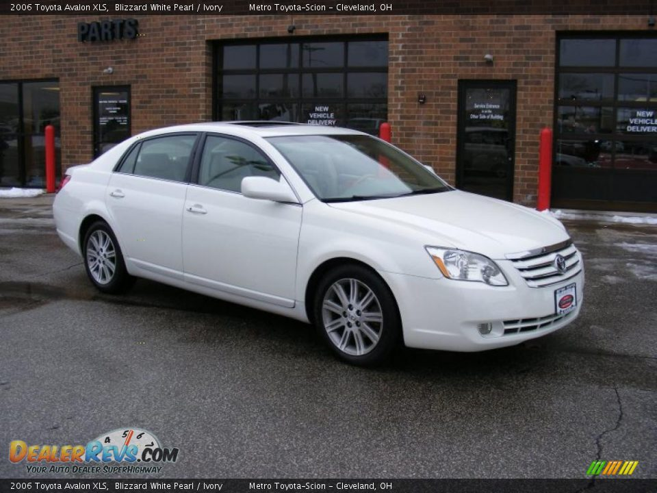 2006 Toyota Avalon Xls Blizzard White Pearl Ivory Photo